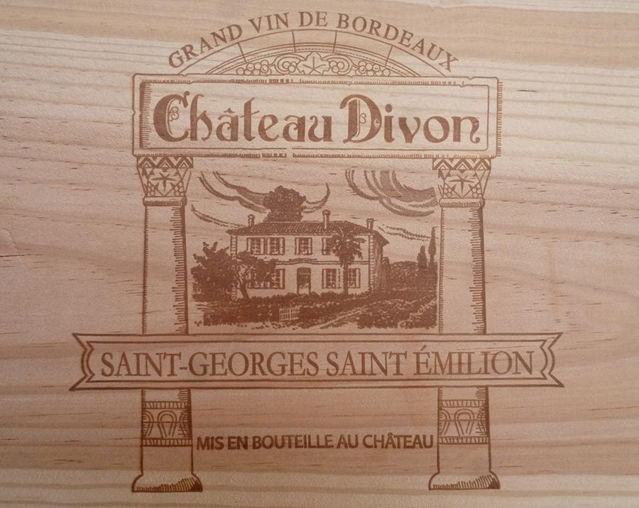 Etampe Château Divon